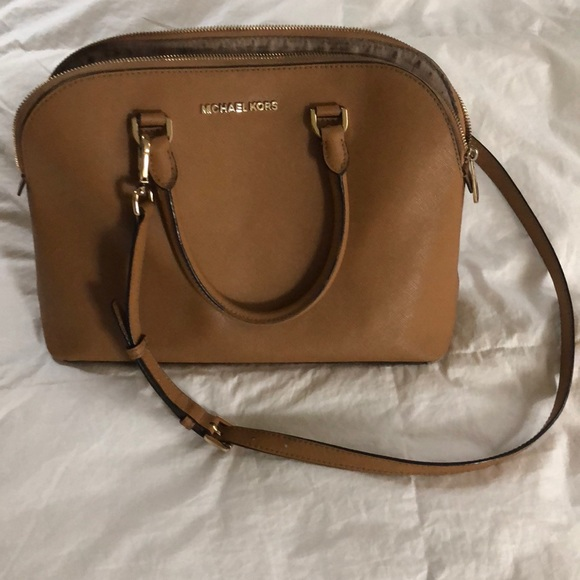 49efd3c1a1c0 Michael Kors Cindy Large Saffiano Leather Satchel.  M_5b79933e74359b7689ea6114